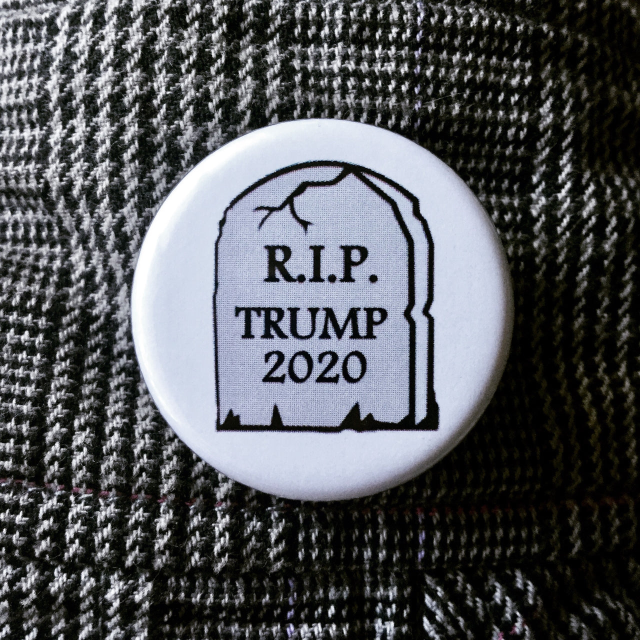 RIP Trump 2020 - Radical Buttons