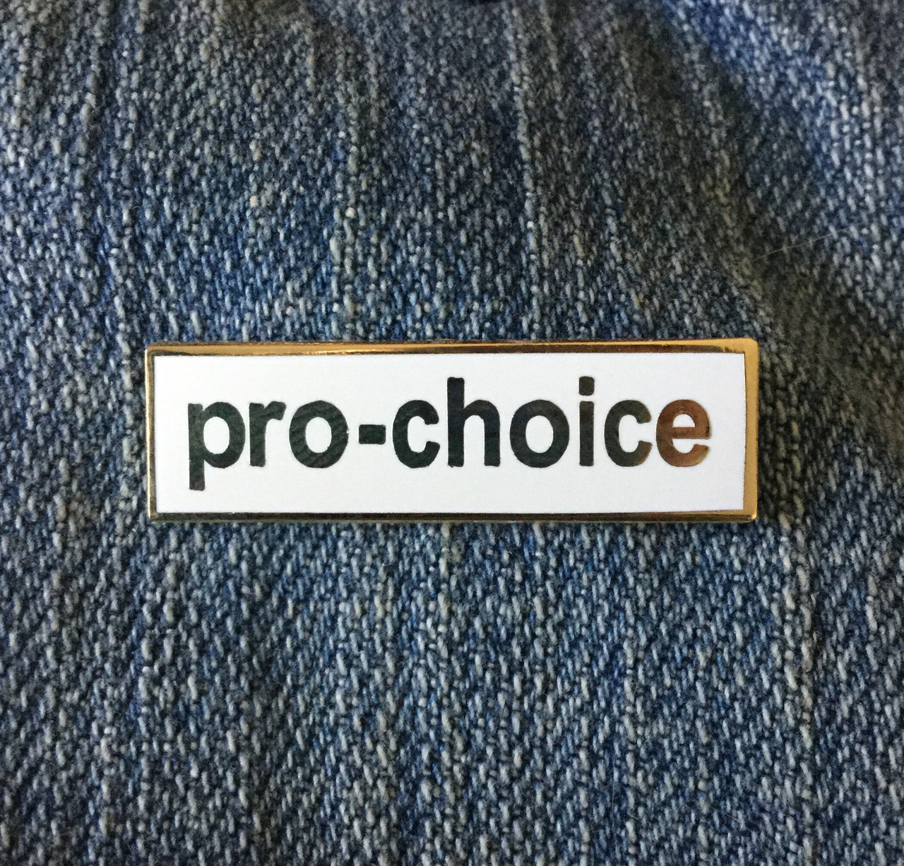 Pro-choice enamel pin - Radical Buttons