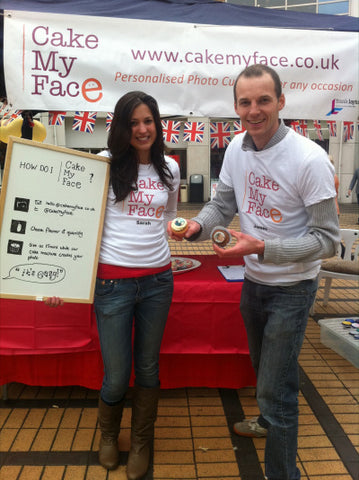 Sarah and James selling photo cupcakes in Wimbledon