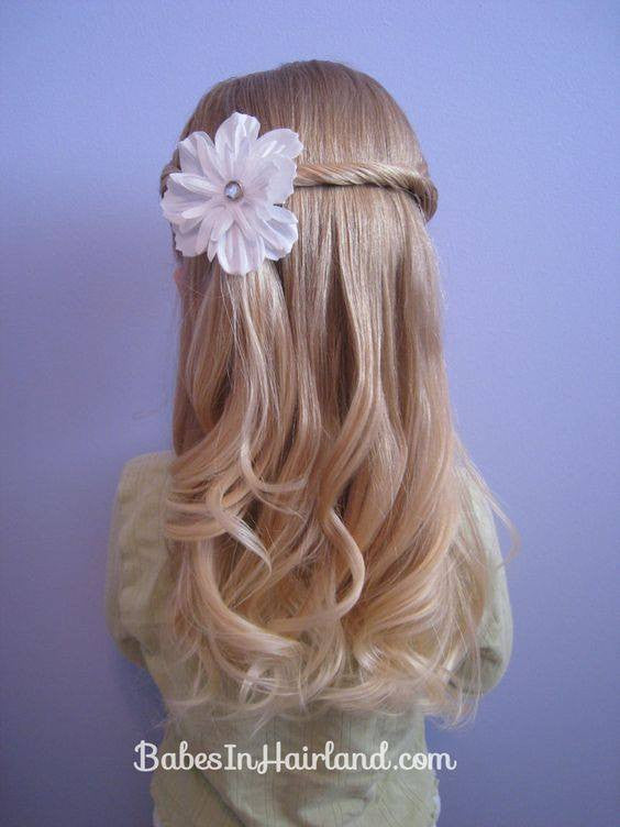 Pretty hairstyles for little girl!15