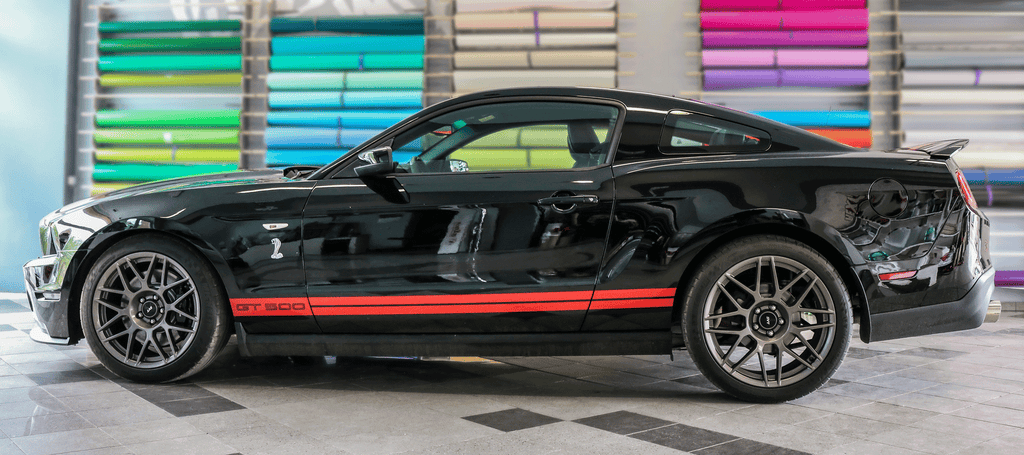 Mustang Shelby GT500 Racing Stripes Side View