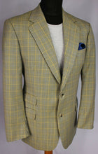 Load image into Gallery viewer, Burberry Blazer Jacket Lightweight Wool & Silk 40R AMAZING QUALITY 3232
