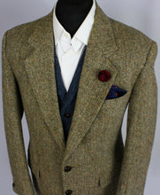 Load image into Gallery viewer, Harris Tweed Jacket Blazer Hector Russell 42S FANTASTIC COLOUR TWEED 3452