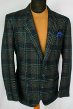 Load image into Gallery viewer, Tweed Blazer Jacket Tartan Pierre Cardin 40R FANTASTIC GARMENT 2879