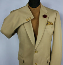 Load image into Gallery viewer, Beige Jacket Blazer DAKS Simpson Lightweight 42R