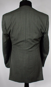 Kenneth Cole New York Grey Pinstripe Blazer Jacket 100% Wool Fabric 40R 234