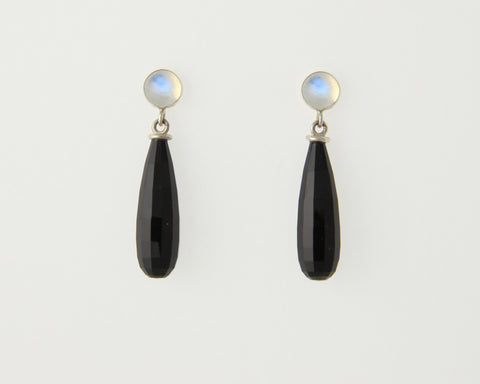 Arte Briolette Earrings in Onyx with Moonstone Cabochons