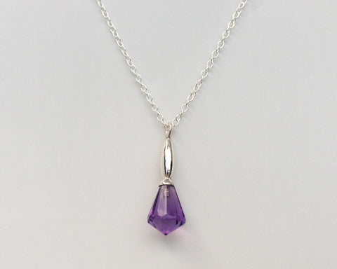 Moderne Pendant with Amethyst Briolette