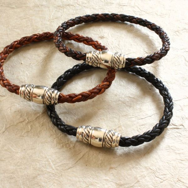 Leather Bracelet with Sterling Silver Magnetic Clasp / Skye Premium