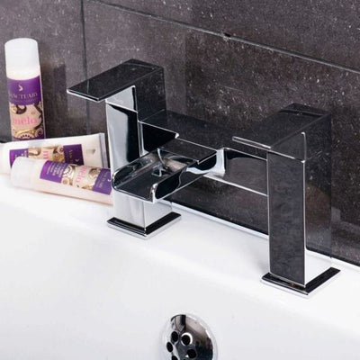 Cassellie Dunk Bath Filler Tap - Chrome - EverythingBathroom.co.uk