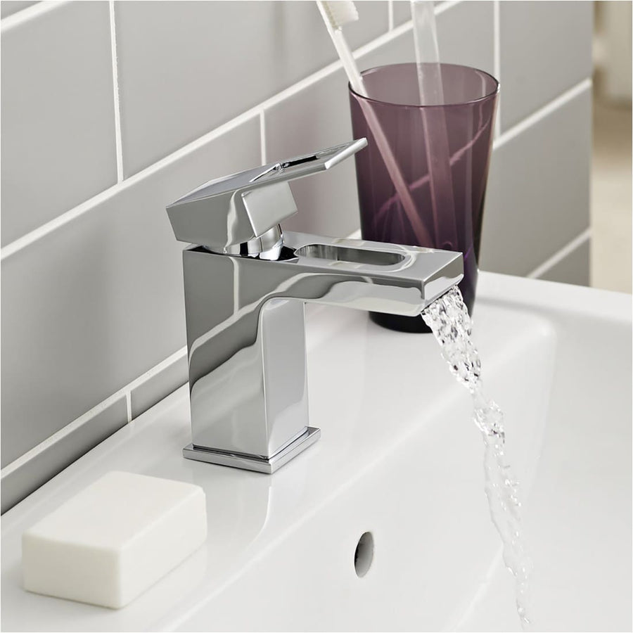 Kartell Kourt Mono Basin Mixer With Click Waste