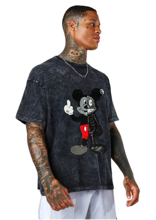 TWISTED MOUSE EMBROIDERED PATCH TEE ACID WASH BLACK