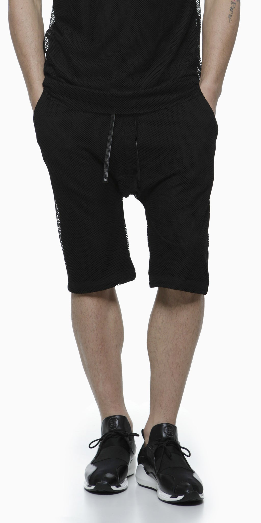 MESH LAYERED SHORTS / BLACK - HIP AND BONE