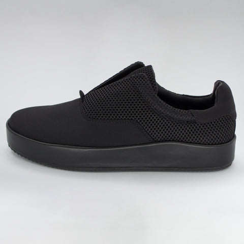 LEATHER SKATER SLIP-ON - BLACK
