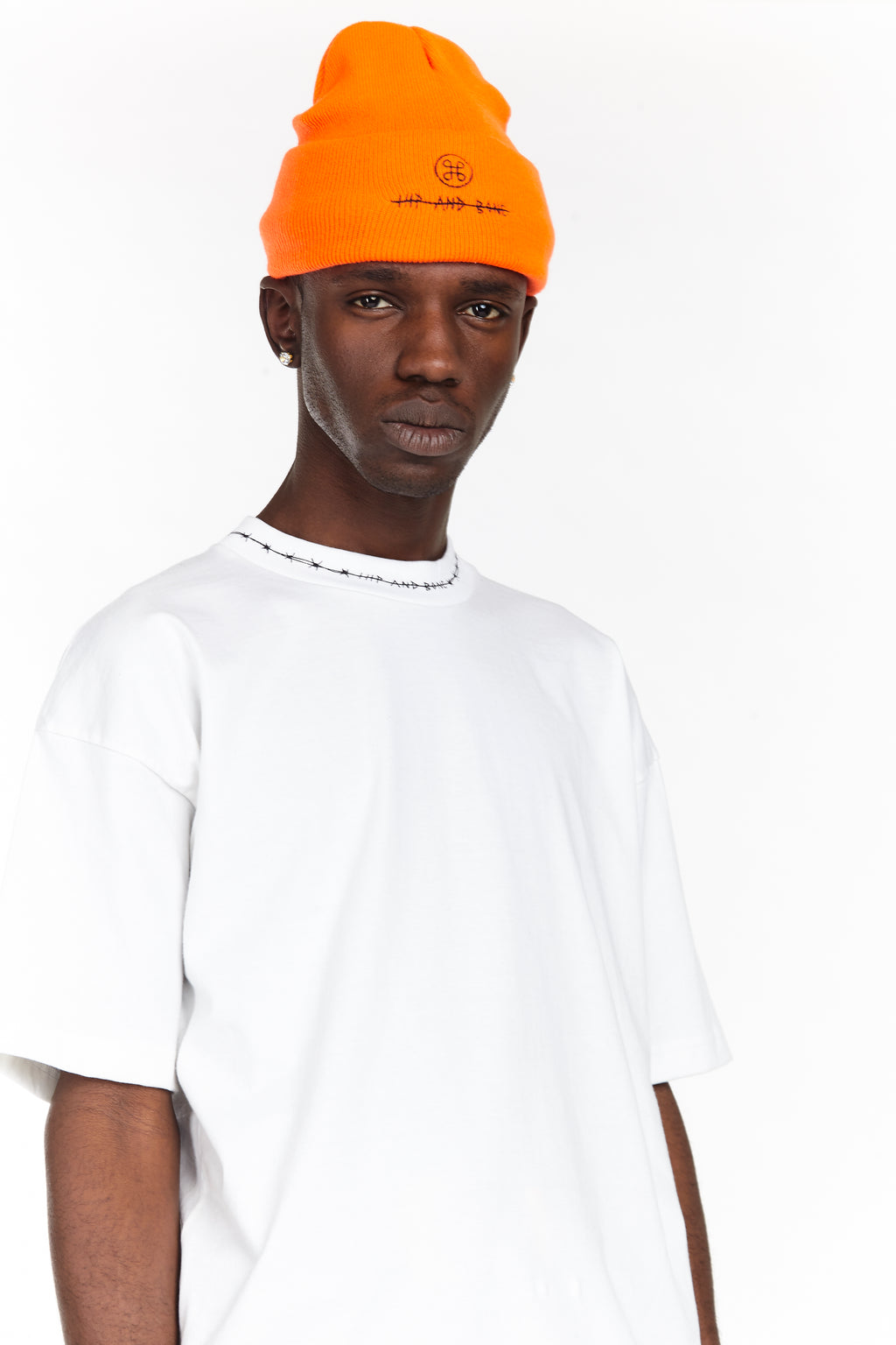 BARBED WIRE MOCK NECK TEE WHITE - HIP AND BONE