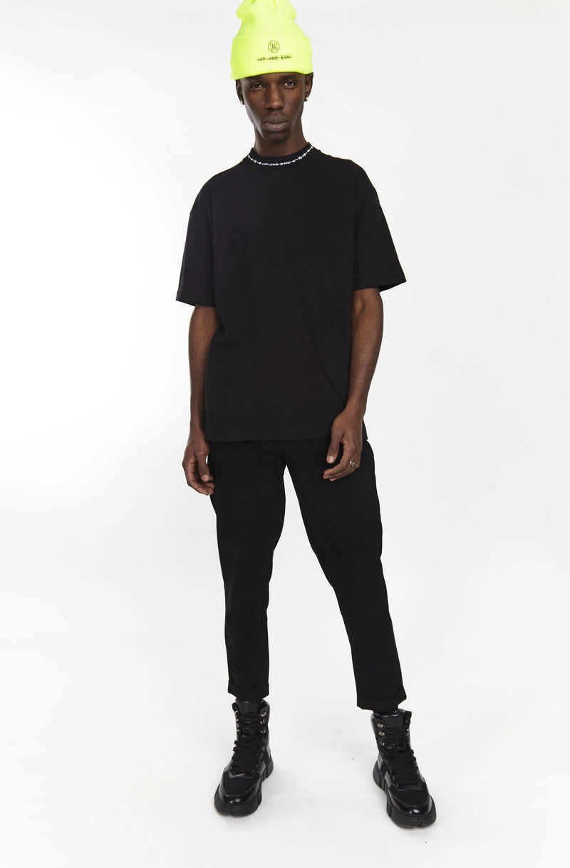 BARBED WIRE MOCK NECK TEE BLACK - HIP AND BONE