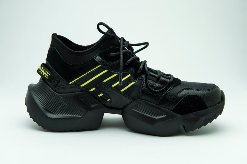WAVE TRAINER TRIPLE BLACK - HIP AND BONE