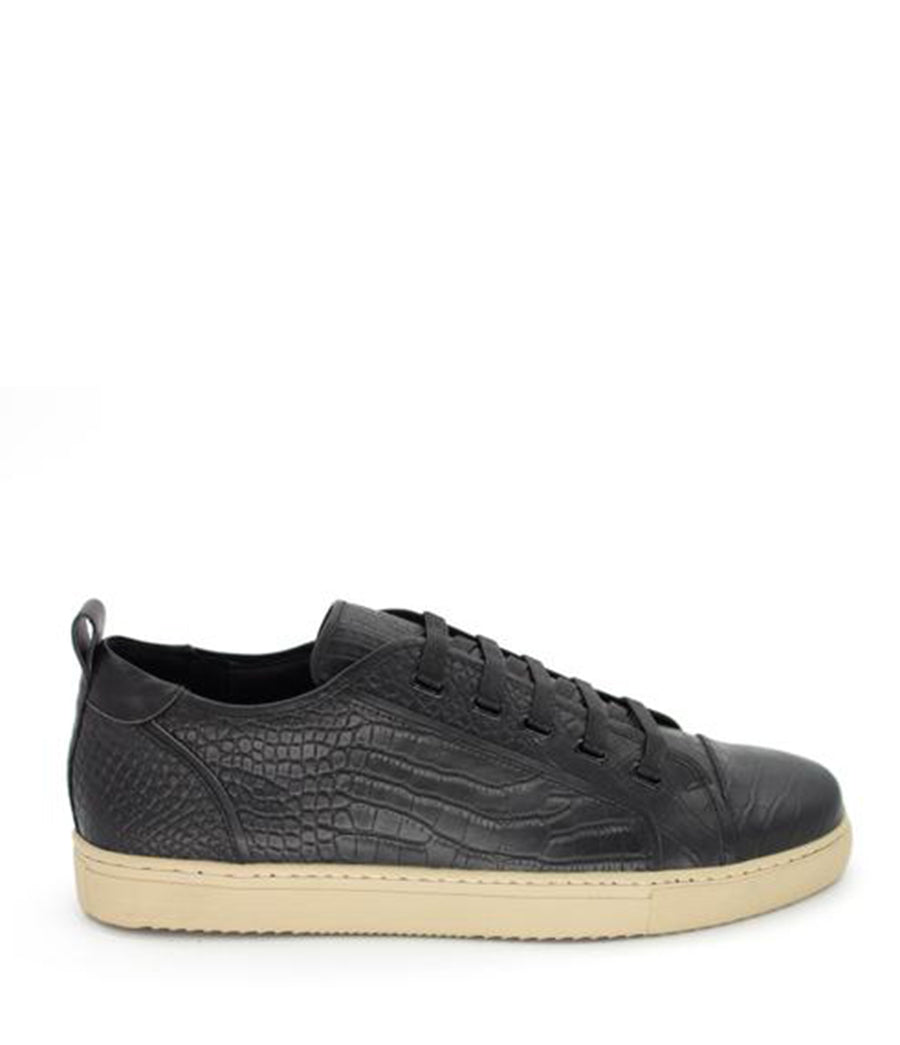 CROC LEATHER LOW-TOP SNEAKER / BLACK ON SAND