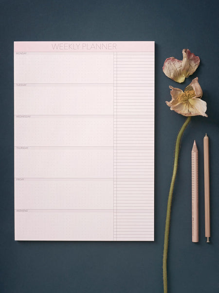 Weekly planner notepad from ViSSEVASSE