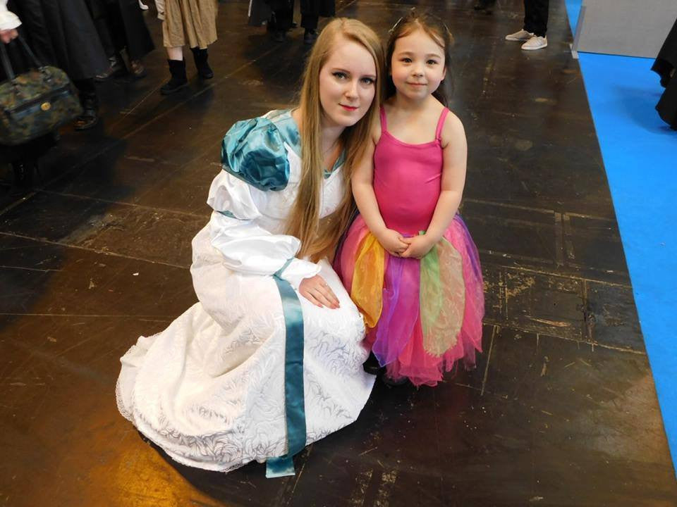 Comic Con Fun For The Swan Princess