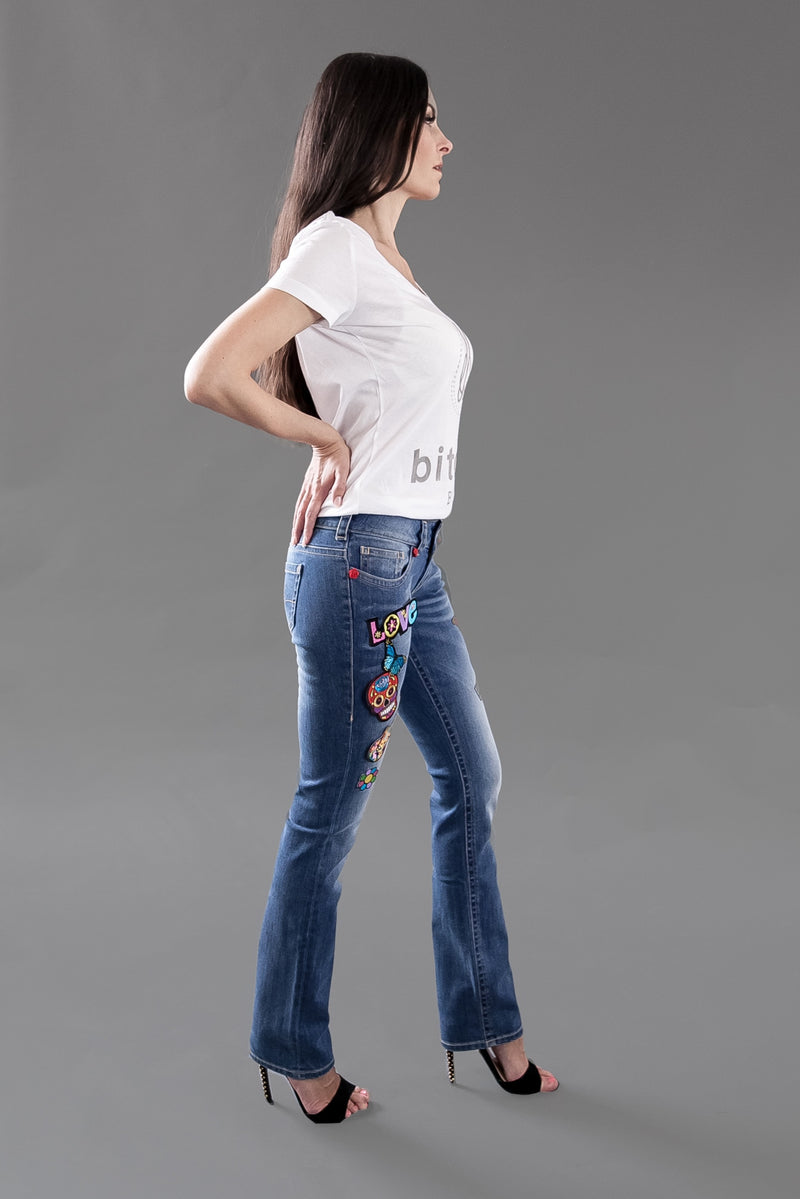 Flower Child Ibiza - Exclusive Jeans Straight leg mit Patches und Swarovski® Crystals