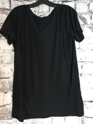 black boxy v-neck tee shirt t-shirt top blouse summer fashion | shop women's clothing clothes apparel online or in store at boerne pixie boutique | a favorite of locals and san antonio visitors too