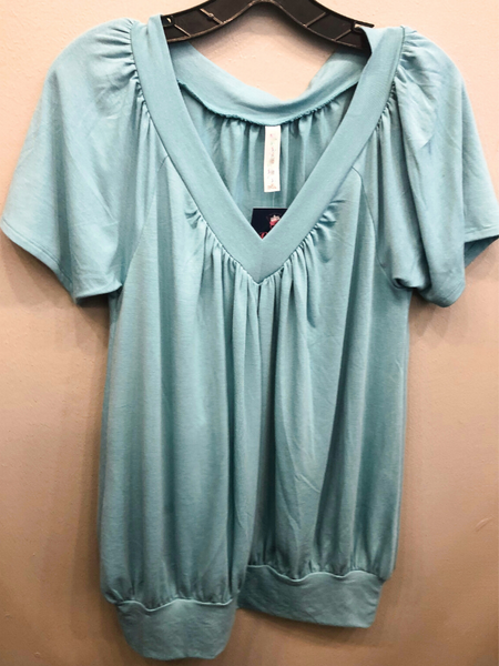plus size basic v-neck draped top shirt blouse tee t-shirt shop women's clothing apparel clothes online or in store at boerne pixie boutique san antonio texas hill country