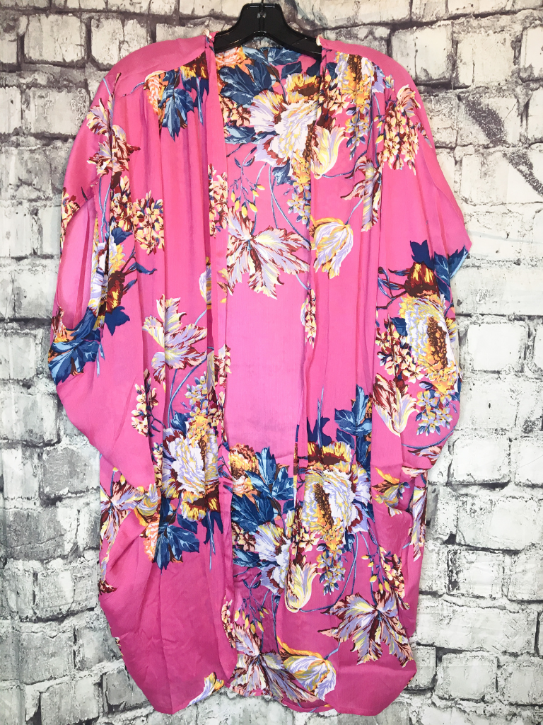pink floral kimono top shirt blouse coverup | shop women's clothing clothes apparel accessories jewelry and gifts online or in store at boerne pixie boutique | a favorite of locals and san antonio visitors too | top best boerne boutiques Edit alt text