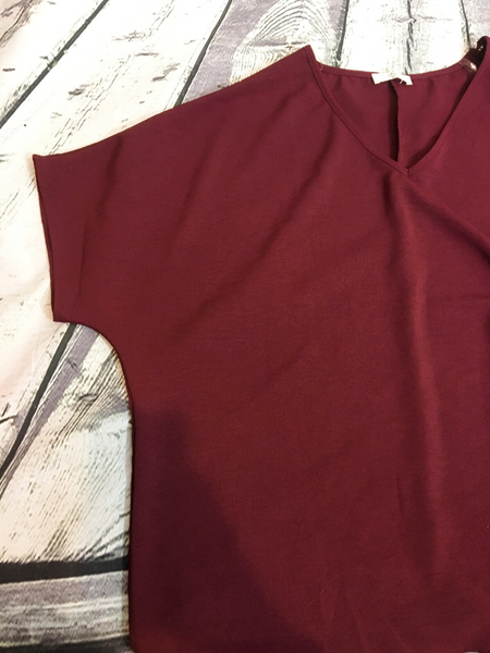 red wine burgundy flowy top women's clothing apparel clothes pixie boerne boutique shop online or in store