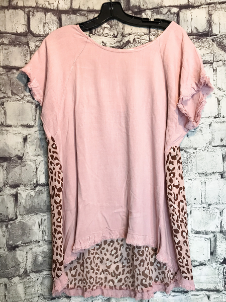 plus size mauve pink linen top with frayed sleeves, scoop neck, and leopard print back | available at pixie boutique in boerne | shop women's clothing clothes apparel accessories jewelry and gifts online or in store at boerne pixie boutique | a favorite of locals and san antonio visitors too | top best boerne boutiques