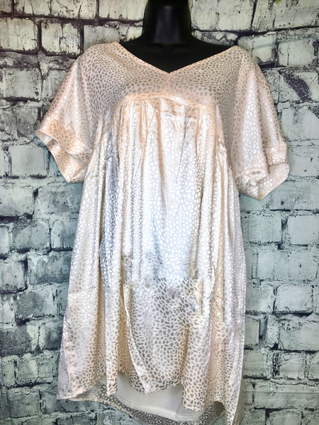 shop women's and girls' clothing clothes apparel gifts accessories jewelry online or in store at boerne pixie boutique | a favorite of locals and san antonio visitors too | best boerne boutiques | babydoll leo dress cream