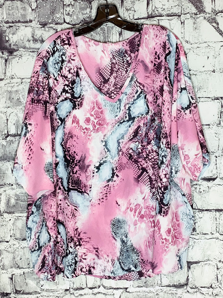 oversized pink snake print animal print top shirt blouse tunic | shop women's clothing clothes apparel online or in store at boerne pixie boutique | a favorite of locals and san antonio visitors too