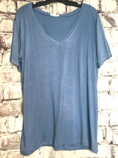 slate gray blue boxy v-neck tee shirt t-shirt top blouse summer fashion | shop women's clothing clothes apparel online or in store at boerne pixie boutique | a favorite of locals and san antonio visitors too
