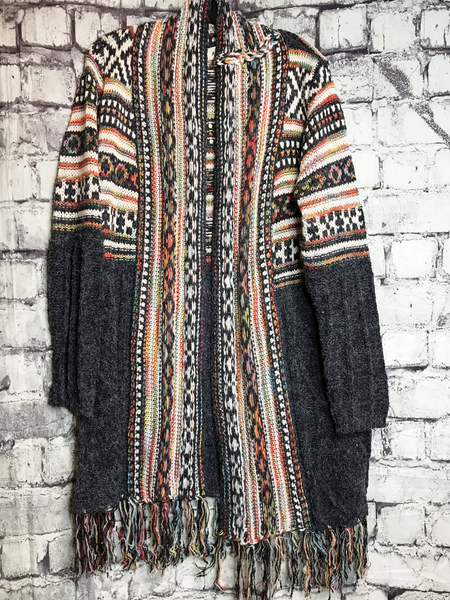 black tribal print cardigan sweater top shirt blouse | fall and winter fashion |shop women's clothing clothes apparel accessories jewelry and gifts online or in store at boerne pixie boutique | a favorite of locals and san antonio visitors too