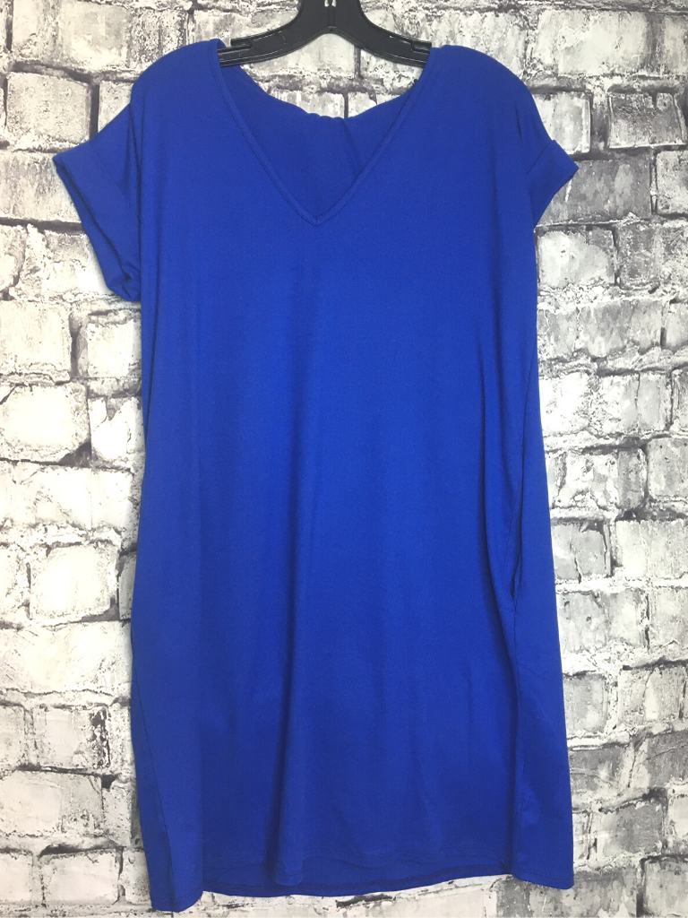 v-neck t-shirt tee shirt dress | shop women's clothing clothes apparel online or in store at boerne pixie boutique | a favorite of locals and san antonio visitors too