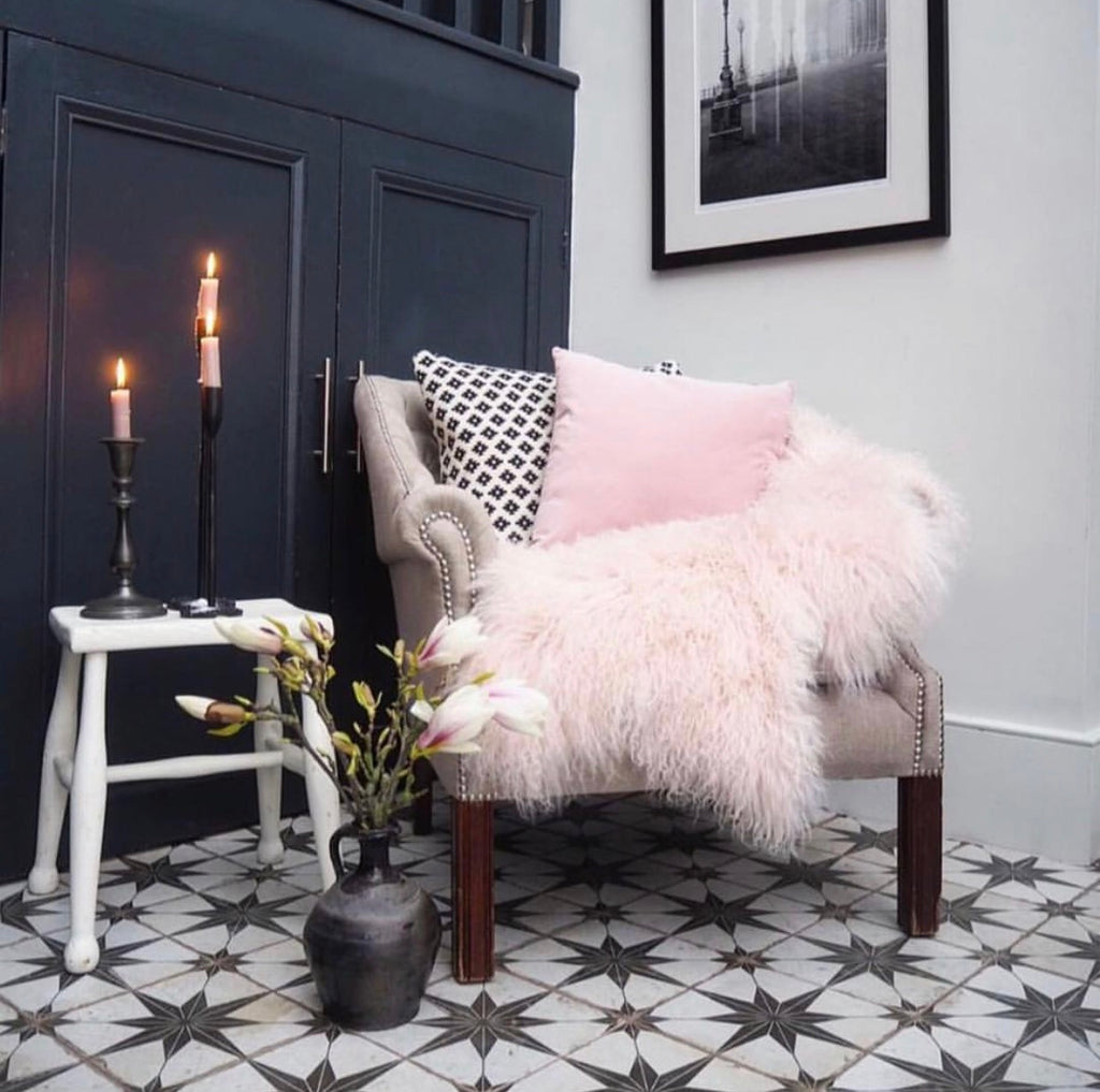 Rarebreed Tibetan Sheepskin in dusky pink