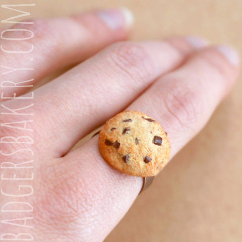 Miniature COOKIE RING, Sweet Miniature Food Jewelry, Chocolate Chip