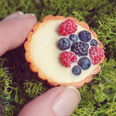 miniature forest fruit tartlet
