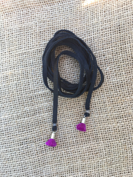 Triple Wrap Tie Necklace in Black/Magenta