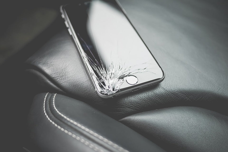 Can I Keep Using My Phone if the Screen is Cracked?