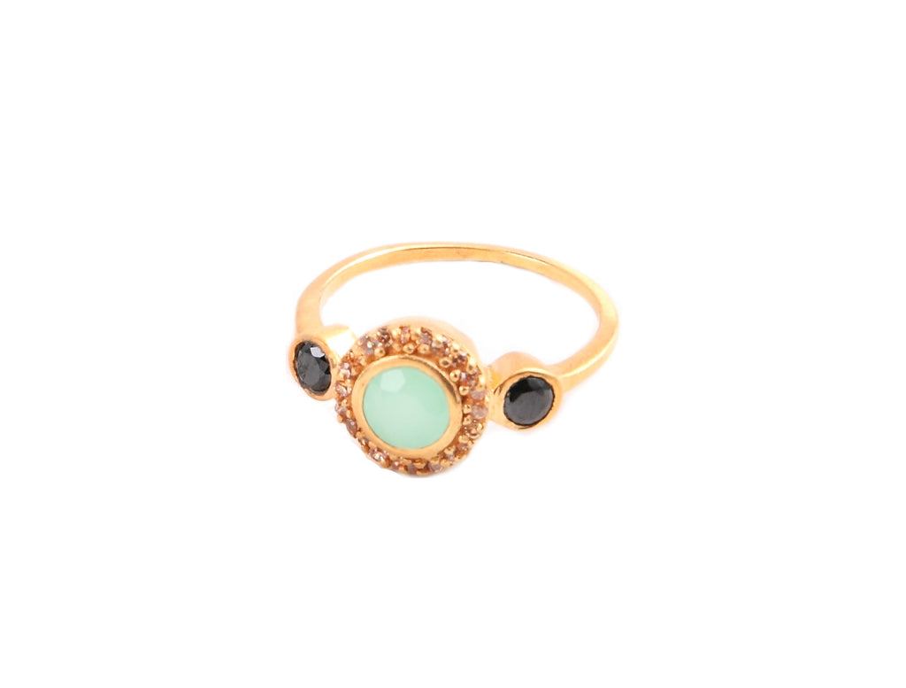 Chrysoprase and Onyx Gold RIng