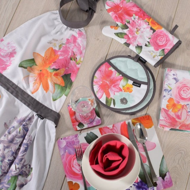 Ladelle Cora Range, Tablecloth, Apron, Oven Glove