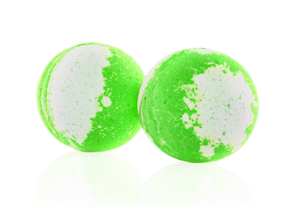 Imperial Candles Strawberry Lime Bath Bomb with Hidden Jewellery up to £2000