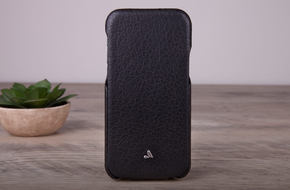 Top iPhone 11 Pro leather case