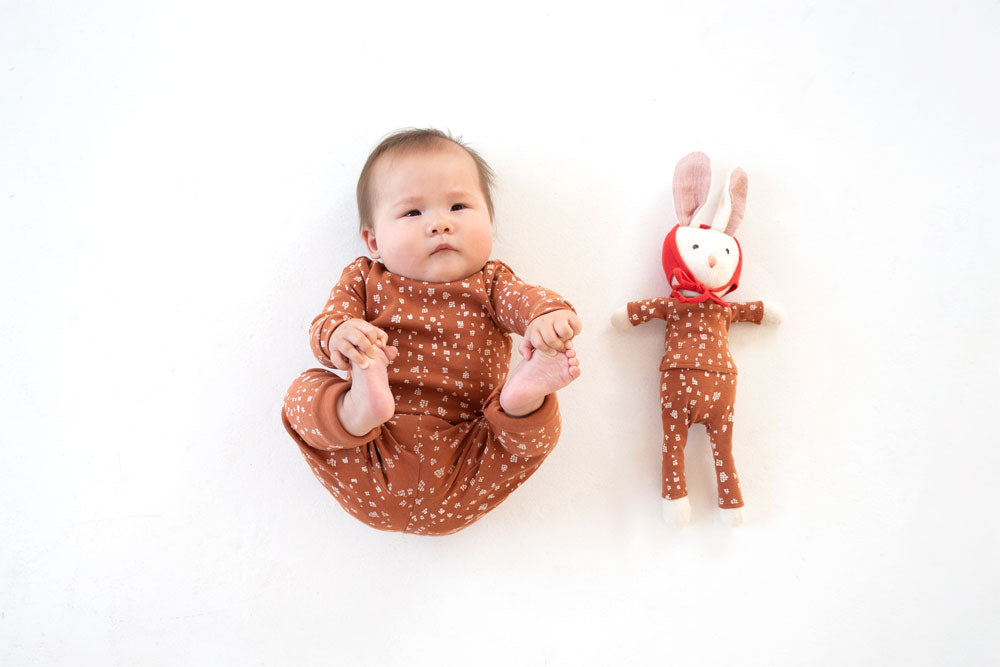 Fawn spots set with Penelope Rabbit