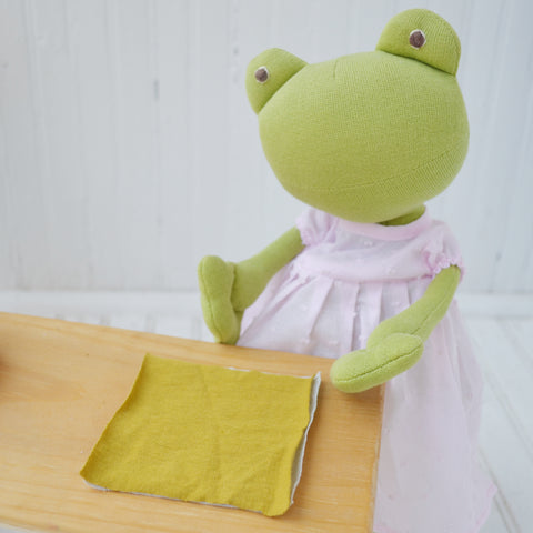 Ella Toad matching up the fabric swatches for the herb pillow