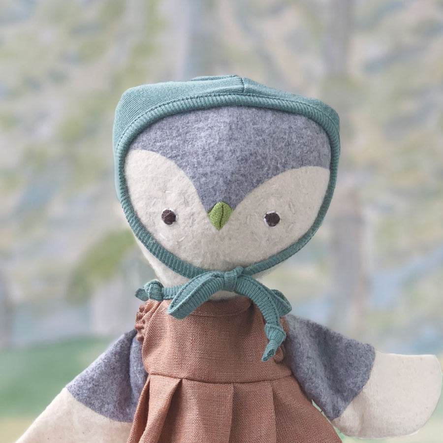 Bonnets for Dolls on Lucy Owl