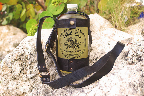 Tidal Boar Ginger Beer Leather 32oz Growler Carrier
