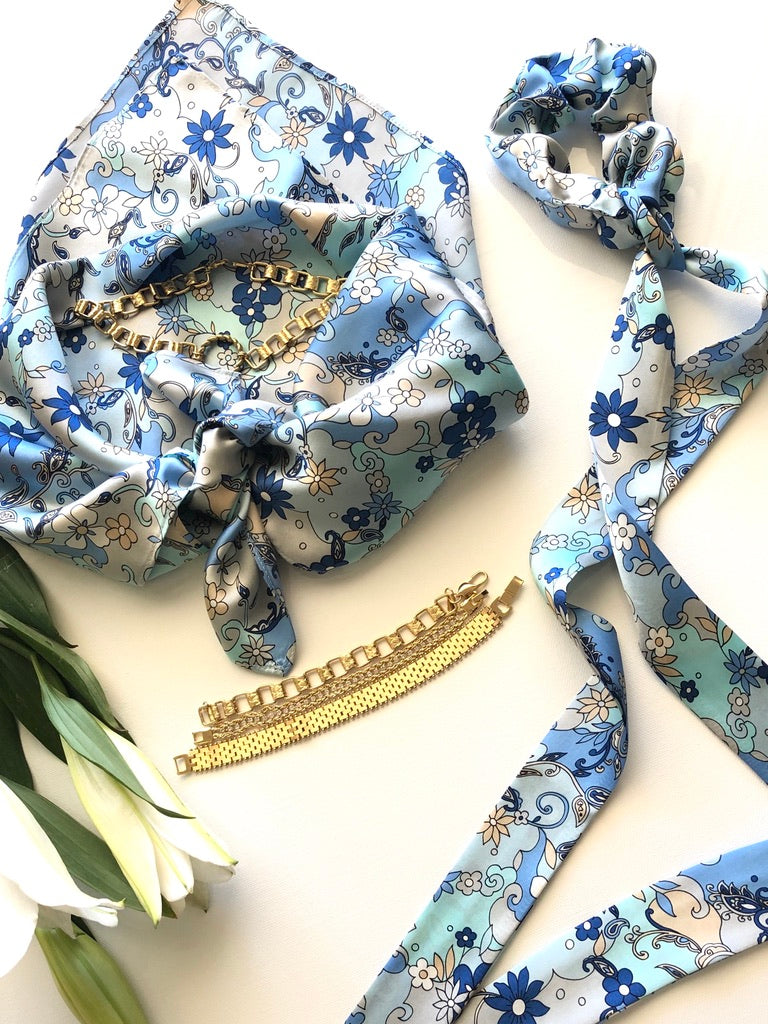 The Neptune Ribbon Scrunchie & Bandana Top Set – 60's Blue Silk Print