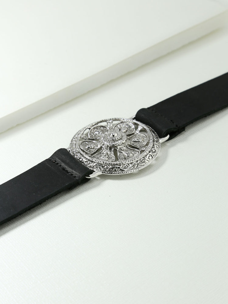 The Ti Amo Leather Snap Belt Silver